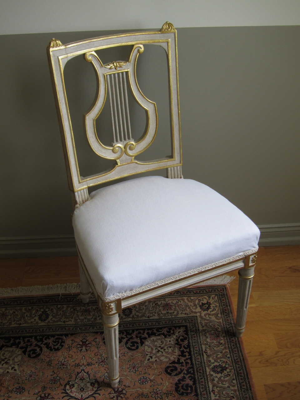 atelier or et patine. Black Bedroom Furniture Sets. Home Design Ideas